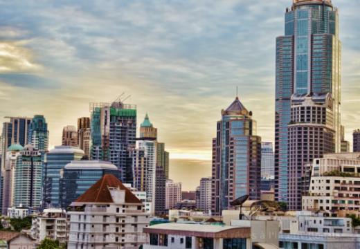 Comment vendre ou acheter un bien immobilier à l'étranger ?