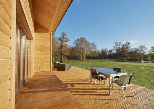 terrasse de maison à la campagne