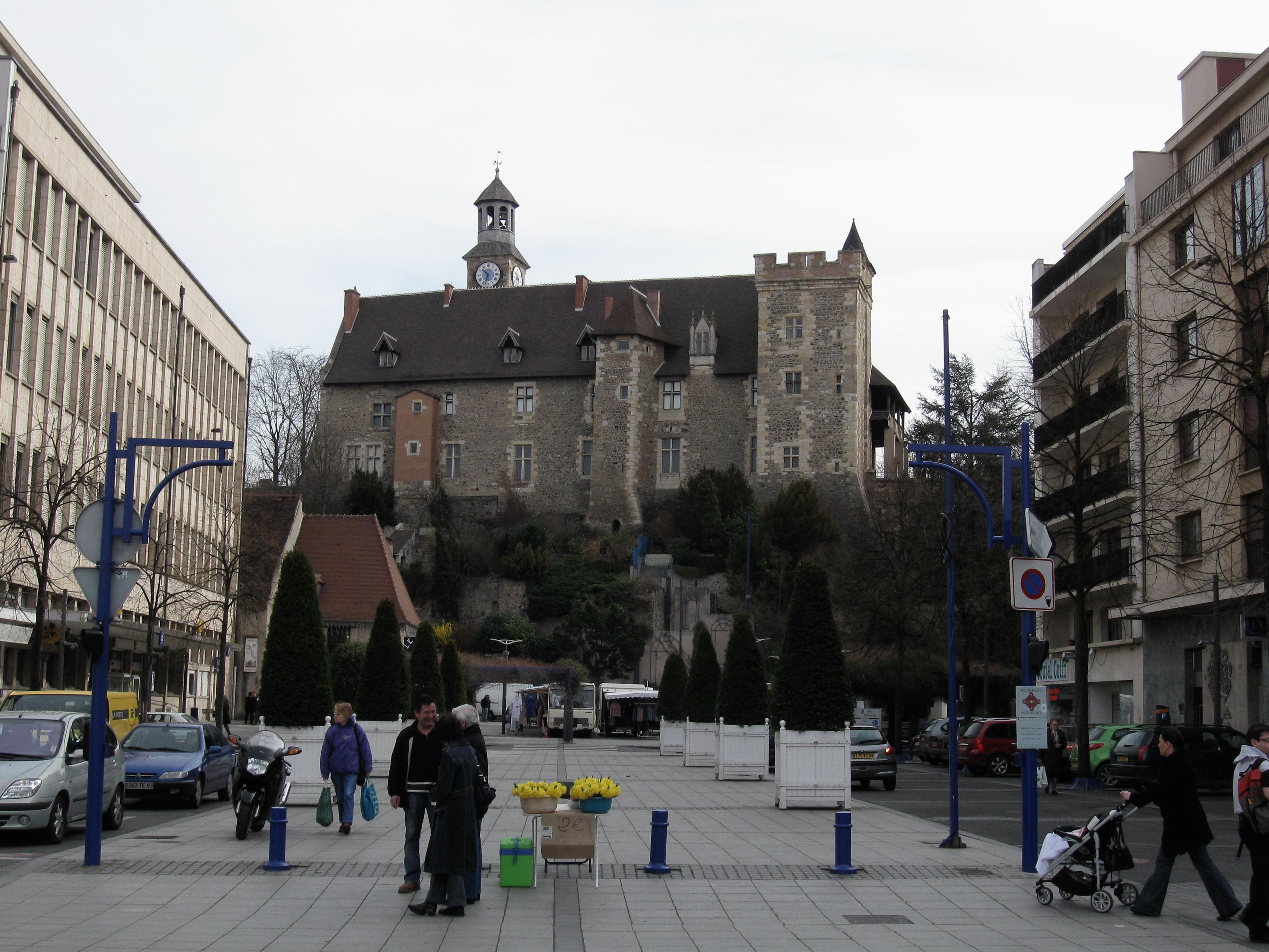 montlucon_chateau_1